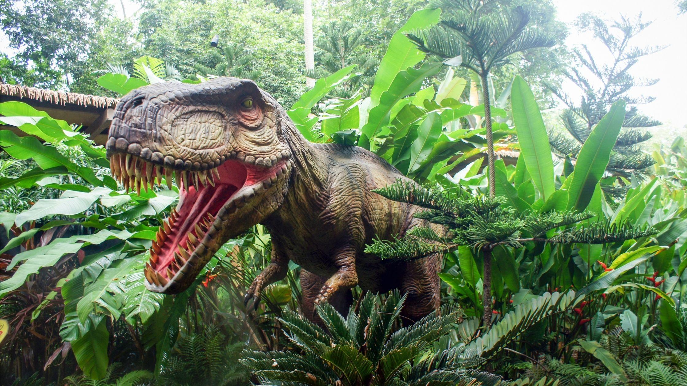 dinosaur parks in the uk